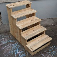 Incredible Wooden Shipping Pallets Upcycling Projects 2019 Pallet stairs The post Incredible Wooden Shipping Pallets Upcycling Projects 2019 appeared first on Pallet ideas. Outdoor Pallet Projects, Pallet Patio Furniture, Furniture Projects, Wood Projects, Upcycling Projects, Furniture Showroom, Pallet Ideas, Wood Ideas, Pallet Stairs