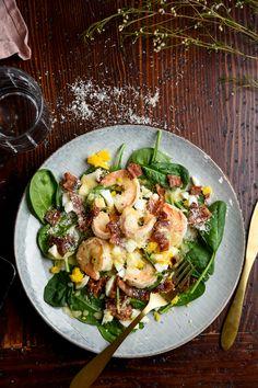 Keto Shrimp Salad with Hot Bacon Fat Dressing — Recipe — Diet Doctor - Quinoa rezept Salad Recipes, Keto Recipes, Dinner Recipes, Healthy Recipes, Shrimp Recipes, Delicious Recipes, Keto Foods, Keto Snacks, Paleo Diet