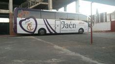 Autobús del Real Jaén.  Jornada 8. @Merida_AD 1 - @RealJaenCF 0 Victoria apurada y con 10.