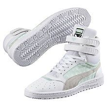 d3f8734cfbd2 30 Best Women s Sneakers images