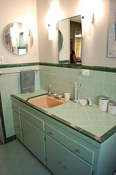 1000+ images about 50'S BATHROOMS on Pinterest | Pink ...