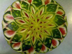 Escultura em frutas - Melancia - Google Search