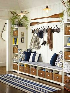 Beach House Decorating is Lots of Fun, Decorative Wooden Oars