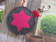 Schlüsselbänder - *STERN*Schlüsselanhänger Taschenanhänger Filz - ein Designerstück von SilberReich bei DaWanda