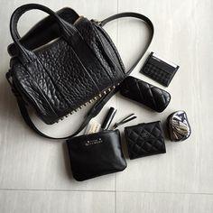 WHAT'S IN MY BAG? #whatsinmybag