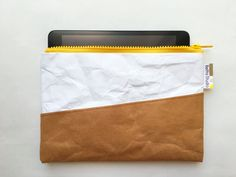 iPad mini case : Tyvek and Kraft paper iPad case/iPad bag/iPad Ipad Mini, Paper Ipad, Ipad Bag, Diy Bags Purses, Top Backpacks, Backpack Travel Bag, 5 W, Skin So Soft, Recycling