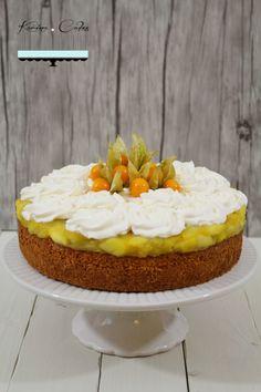 Jablkovo-makový koláč - Apple And Poppy Seed Cake Poppy Seed Cake, Mini Cupcakes, Poppies, Cheesecake, Apple, Mascarpone, Apple Fruit, Cheesecakes, Poppy