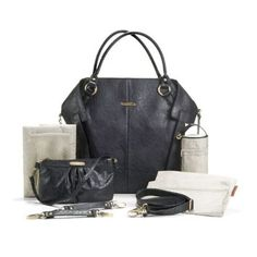 With an unusual envelope-inspired shape and a complete organizational system the Timi and Leslie Charlie Tote Diaper Bag – Black is a love letter to fashionable functionality. Comes in 8 colours