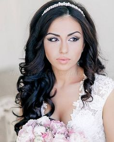 Wedding Hairstyle For Long Hair  : hair down wedding hairstyle with headband