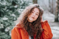 Curly Isn't Always Unruly: 20 Curly Hair Care Tips That Will Make You Love Your Hair Forever Beauty Tips For Face, Beauty Hacks, Beauty Pie, Face Beauty, Real Beauty, Beauty Ideas, Huda Beauty, Curly Hair Styles, Natural Hair Styles