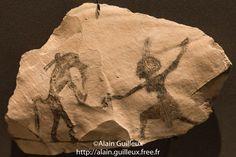 Ostracon du Nouvel Empire : un Nubien danse. Je me demande si le singe ne joue pas d'un instrument.