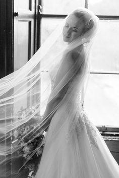 Wedding dress and veil | Natural Fine Art Weddings | Kathy Silke Photography | Ireland