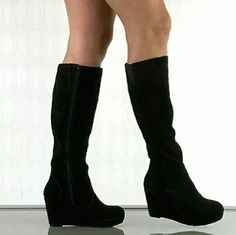 Steve Madden Black Ashleey Suede boots Nearly New Condition! Worn maybe twice. NO SCUFFS! http://www.heels.com/womens-shoes/ashleey-black-suede.html Steve Madden Shoes Over the Knee Boots