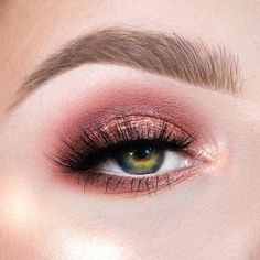 100 Best Natural Makeup Looks - Hair and Beauty eye makeup Ideas To Try - Nail Art Design Ideas Edgy Makeup, Smokey Eye Makeup, Makeup For Brown Eyes, Eyeshadow Makeup, Beauty Makeup, Mauve Makeup, Glitter Makeup, Eyeshadows, Beauty Tips