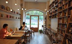 cozy book cafe love the bookshelves