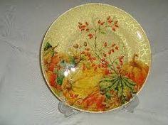 Resultado de imagem para decoupage em prato de vidro com tecido