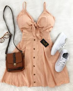 Cute fashion outfits ideas – Fashion, Home decorating Cute Casual Outfits, Pretty Outfits, Summer Outfits, Girl Outfits, Fashion Outfits, Casual Clothes, Stylish Outfits, Summer Dresses, Teen Fashion