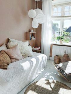 Minimalist House Design, Minimalist Home, Interior Inspiration, Room Inspiration, Living Spaces, Living Room, Interior Decorating, Interior Design, Vintage Room