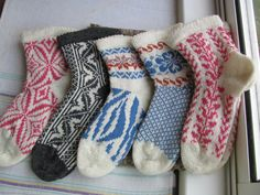 Wool socks, Warm Socks, Monday to Friday, Crazy and Decorative, Set of 5, 1 Kneelength Pair (made to order) by nijoleelze on Etsy.