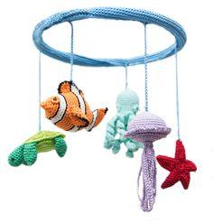 Giostrina all'uncinetto con pesci di Crochet on a tree via it.dawanda.com  #crochet #amigurumi #uncinetto