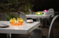 Mundo De Lujos | Yemso ilumina tu jardín con sus diseños QisDesing | http://www.mundodelujos.com
