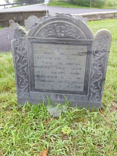 Fine old gravestone from Point of Graves, Portsmouth NH