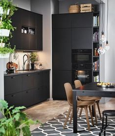 Friendly visited nice kitchen decor must dos Save Big Kitchen Interior, Kitchen Decor, Kitchen Design, Black Kitchen Furniture, Black Kitchens, Cool Kitchens, Cheap Kitchen, New Kitchen, Cuisines Design