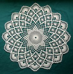 Crochet wipes great choice for your home decor – Woman's Portal Crochet Tablecloth Pattern, Free Crochet Doily Patterns, Crochet Motif, Crochet Doilies, Crochet Lace, Lace Doilies, Thread Crochet, Crochet Crafts, Crochet Stitches