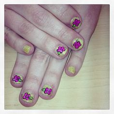 Nail art inspired by Betsey Johnson