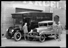 News Photo : Tires on United Parcel Service delivery trucks,. Ups Shipping, United Parcel Service, University Of Southern California, Still Image, Tired, Delivery, Trucks, Cars, Autos