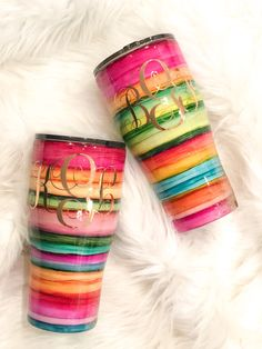 Custom Tumbler Creations by Buckmarkburrow Vinyl Tumblers, Custom Tumblers, Personalized Tumblers, Vinyl Crafts, Resin Crafts, Glitter Cups, Glitter Tumblers, Acrylic Tumblers, Tumblr Cup
