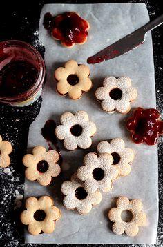 biscuits filled with raspberry jam | da Gelmina / TartAmour