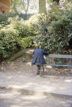 Ola Rindal - Man on Bench, 2009, 55x81cm
