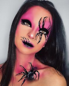 Halloween makeup ideas from the easy to the scarily good; Including Pop Art Wonderwoman, Jigsaw, The Nun and more, you'll bound to find a Halloween makeup look you love. Makeup On Fleek, Sfx Makeup, Cute Makeup, Makeup Inspo, Makeup Brushes, Makeup Ideas, Beautiful Halloween Makeup, Halloween Makeup Looks, Halloween Make Up