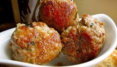 Recette : Boulettes à l'italienne. Grape Recipes, Cabbage Recipes, Low Carb Recipes, Grape Jelly Meatballs, Gordon Ramsay, Meatball Recipes, Bon Appetit, Italian Recipes, Entrees