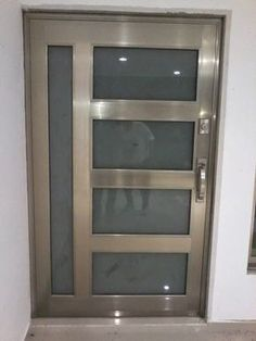 puerta de aluminio canceles ventanas barandales domos