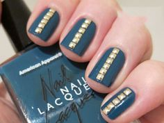 trendy_nail_with_golden_design29