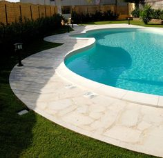 Swimming pool edge in Modica stone, Arte Pietra