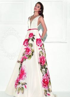 Summer Evening Dress by Tarik Ediz Morgan Davies Bridal, Inexpensive Prom Dresses, Ball Skirt, Flower Skirt, Evening Dresses, Formal Dresses, Designer Prom Dresses, Satin Gown, Different Dresses