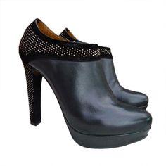 Zapatos de Tacón : Botines con Tachuelas - Abretucloset.com