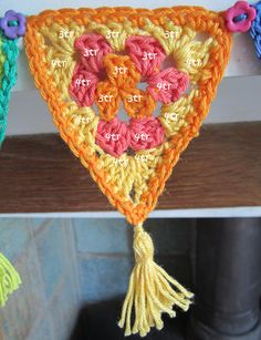 Carnival Cotton Crochet Bunting Pattern | planetpenny.co.uk