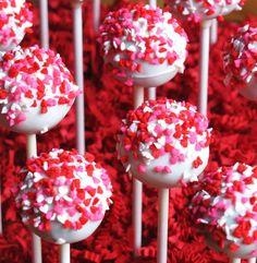 Reviewz & Newz: Valentine Cake Pops