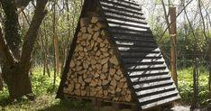 Diy Yard Storage, Log Shed, Firewood Shed, Wood Rack, A Frame Cabin, Cabin Design, Decks And Porches, Garden Styles, Wood Doors