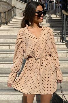 Sexy Fashion Polka Dot Chiffon Mini Dress – Simple Craze Winter Fashion Outfits, Women's Fashion Dresses, Casual Dresses, Mini Dresses, Chiffon Dress, Lace Dress, Khaki Dress, Button Down Dress, Simple Outfits