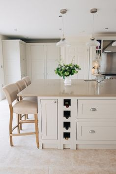 Advice, techniques, also overview with regard to getting the greatest end result and creating the max usage of Kitchen Worktop Ideas Open Plan Kitchen, New Kitchen, Kitchen Decor, Kitchen Sink, Kitchen Ideas, Kitchen Worktops, Home Interior, Interior Design Kitchen, Farmhouse Interior