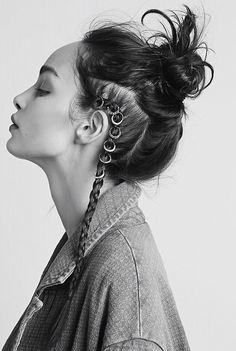 freepeople: Add a new element to your braids with Hair Rings - Looking for Hair Extensions to refresh your hair look instantly? KINGHAIR® only focus on premium quality remy clip in hair. Visit - - for more details Hair Dos, My Hair, Hair Inspo, Hair Inspiration, Writing Inspiration, New Hair Trends, Hair Rings, About Hair, Cool Hairstyles