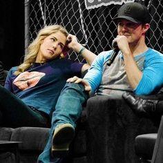 Oliver Queen Arrow, Oliver Queen Felicity Smoak, Arrow Cast, Arrow Tv, Marvel And Dc Crossover, Arrow Memes, Superhero Tv Shows, David Ramsey, Stephen Amell Arrow