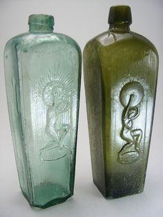 Antique Glass Bottles, Vintage Bottles, Gin Bottles, Bottles And Jars, Glass Ceramic, Ceramic Art, Dragon Art, Old Antiques, Glass Art
