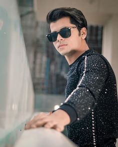 Handsome Celebrities, Teen Celebrities, Celebs, Cute Boy Photo, Photo Poses For Boy, Best Bollywood Movies, Bollywood Pictures, Cute Attitude Quotes, Beautiful Chinese Girl