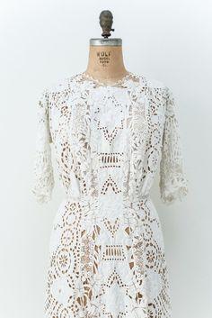 Detailed Edwardian Lace Dress - S/M